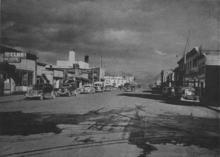 the streets of down town anchorage in 1944