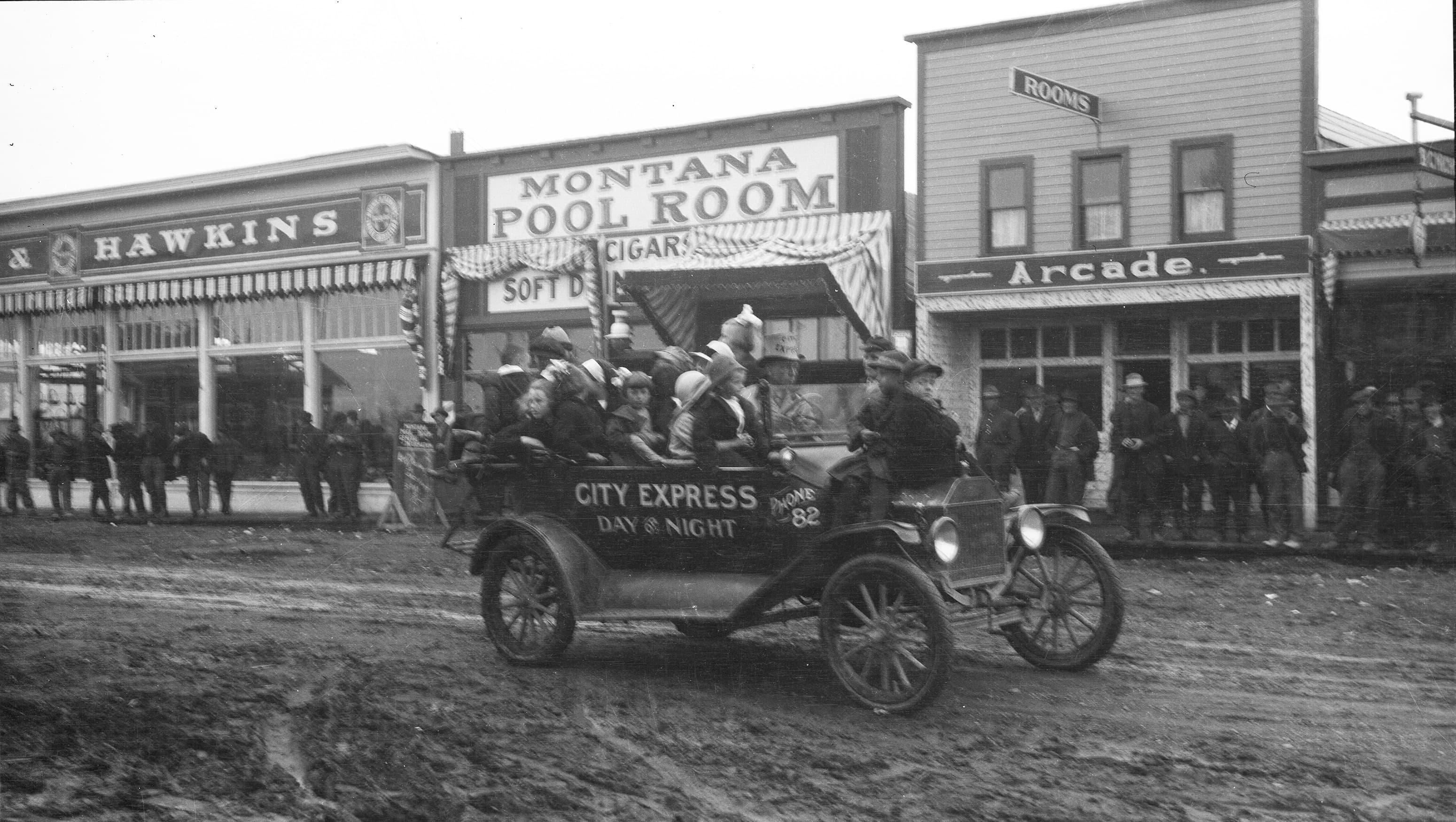 Early days of Spenard. City Express service